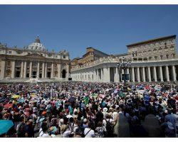 Papa Francisco: livrar-se da fama de poder para anunciar Cristo com coragem