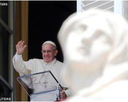 """Angelus: """"Oração, principal instrumento de trabalho e salvação de vida"""""""