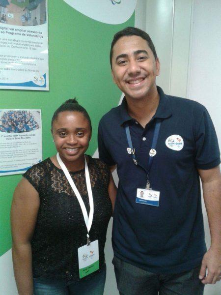 Rafael com Daiane dos Santos no dia do lançamento do Programa de Voluntários Rio 2016